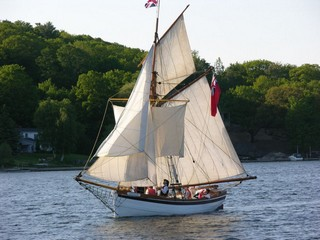 HMS Badger on route to Wasaga Beach from Penetanguishene
